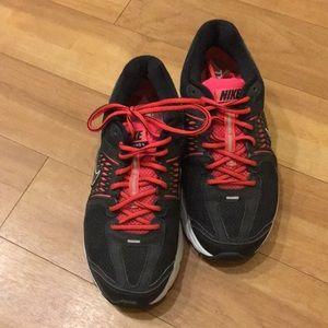 Nikes Vomero 6